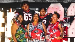 BREAKING: MASSIVE OL Jacob Hood Commits To Kirby Smart, Georgia Bulldogs